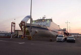 名古屋港から1,300km 41時間の船旅001.JPG