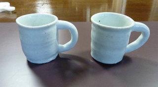 白いマグカップ001.jpg