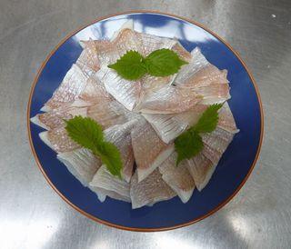 福井名産小鯛の笹漬 003.JPG